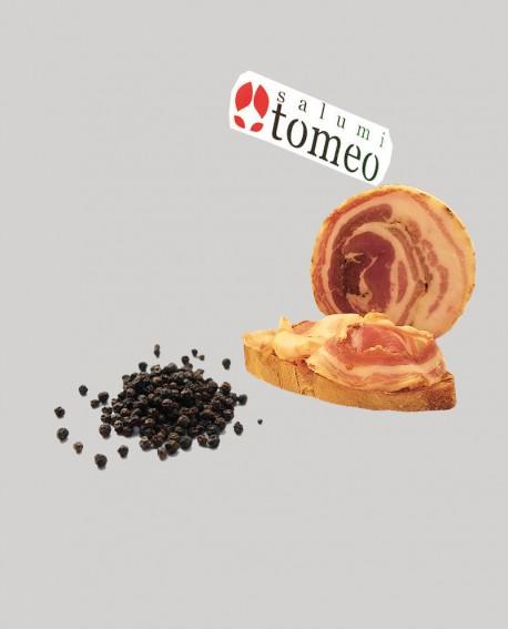 Pancetta arrotolata cilentana con pepe nero - metà 2 Kg sottovuoto - stagionatura  4 mesi - Salumi Tomeo