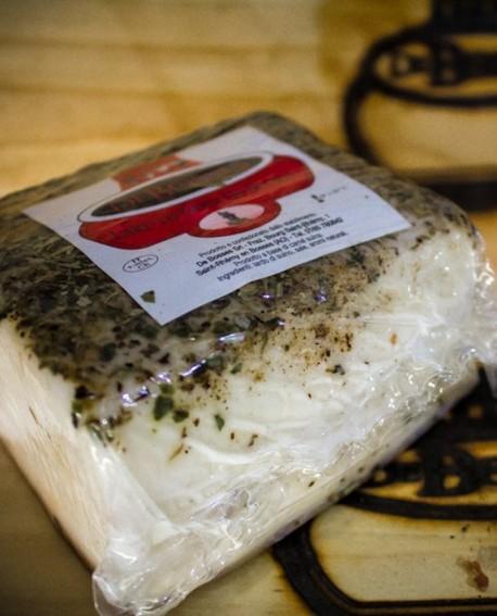 Lard Douce al peperoncino Trancio 400 g sv - stagionatura 30gg - De Bosses